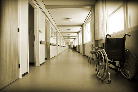 Facing Nursing Home Injuries from Falls? Get Help from a Sarasota Nursing Home Law Firm